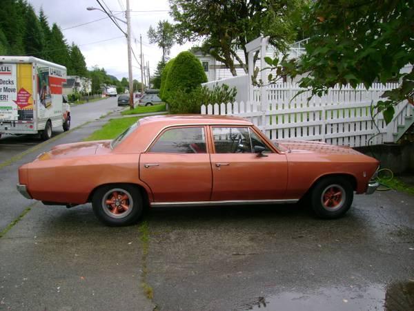 1966 Chevelle 4 door - $3000