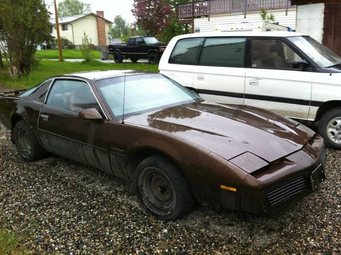 1984 Pontiac Firebird Coupe For Sale In Quesnel British Columbia All Cars In Canada Com