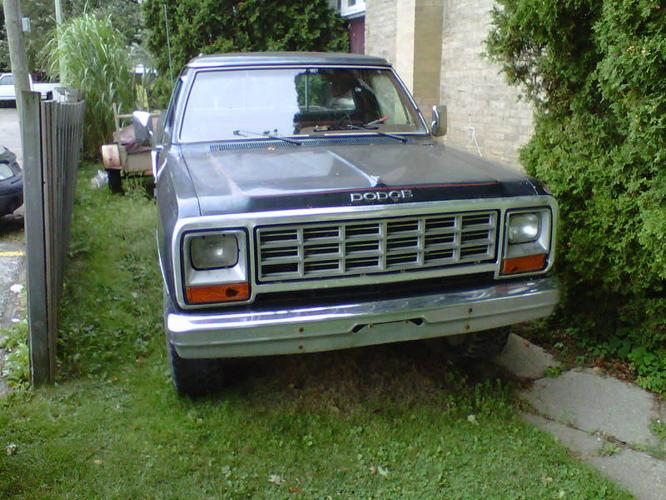 1985 dodge power ram 150 royal se pickup truck for sale in norwich ontario all cars in. Black Bedroom Furniture Sets. Home Design Ideas