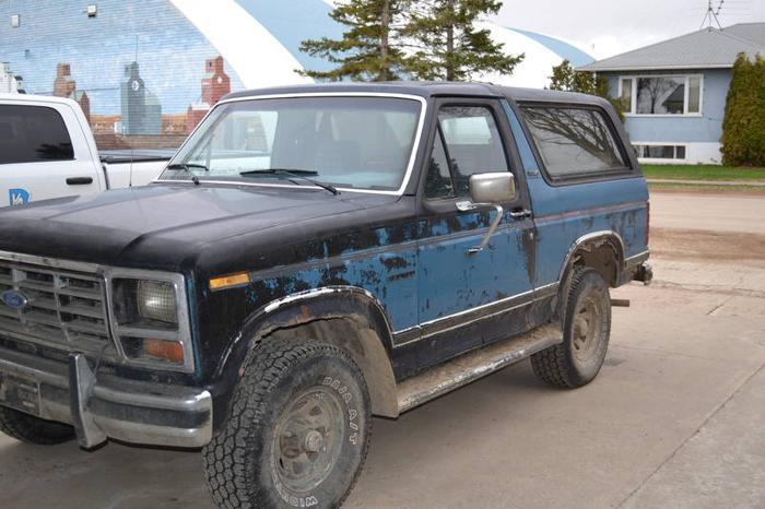 1986 Ford Bronco SUV