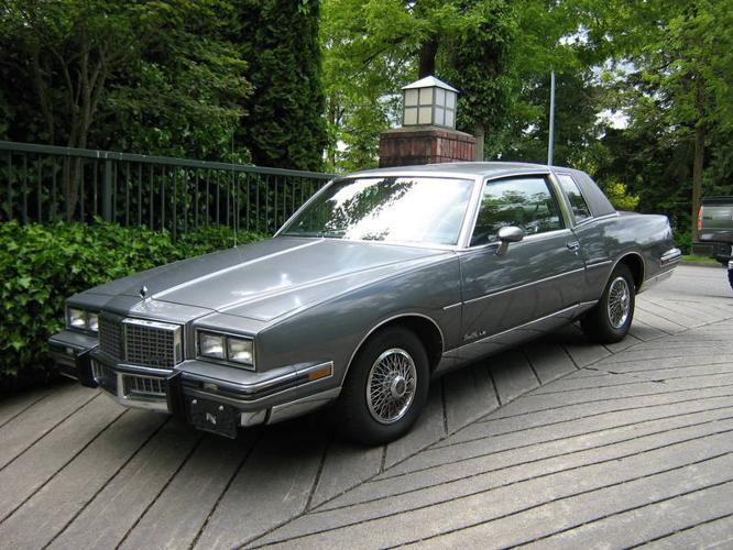1986 pontiac grand prix le coupe for sale in langley. Black Bedroom Furniture Sets. Home Design Ideas