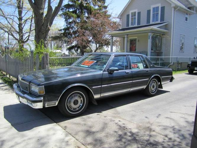 1990 chevrolet caprice caprice classic sedan for sale in london ontario all cars in. Black Bedroom Furniture Sets. Home Design Ideas