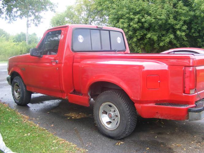 1992 ford f 150 flareside pickup truck for sale in renfrew ontario all cars in. Black Bedroom Furniture Sets. Home Design Ideas