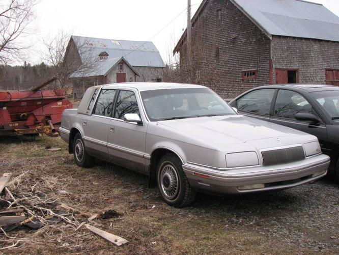 1993 chrysler new yorker 5th ave sedan for sale in newport for 1993 chrysler new yorker salon sedan