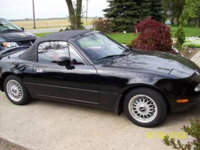 1993 Mazda MX-5 Miata Convertible