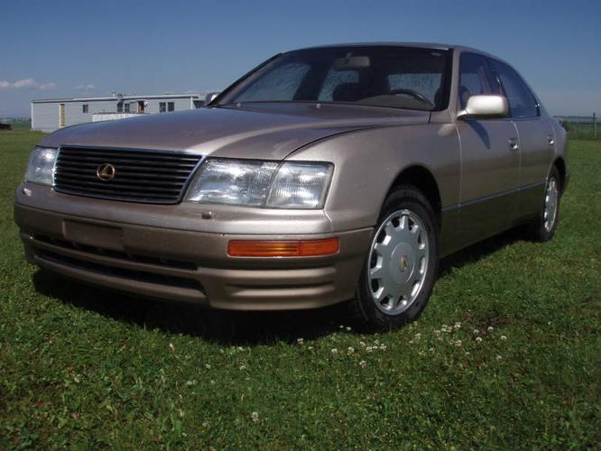 1995 lexus ls 400 6 000 options toyotas best vehicle. Black Bedroom Furniture Sets. Home Design Ideas