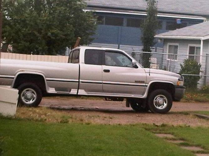 1997 dodge ram 2500 cummins turbo diesel for sale in blackfalds alberta all cars in. Black Bedroom Furniture Sets. Home Design Ideas