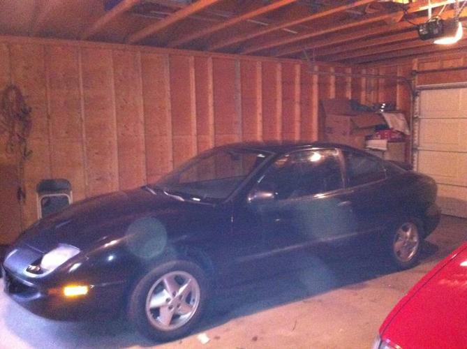 1997 Pontiac Sunfire Coupe **PRICED TO SELL**