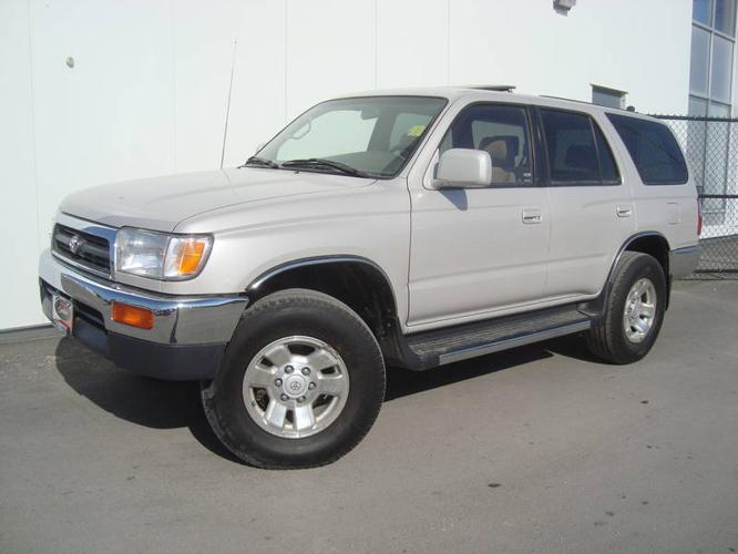 1997 toyota 4runner sr5 v6 suv for sale in winnipeg manitoba all cars in. Black Bedroom Furniture Sets. Home Design Ideas