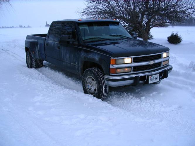 1998 Chevrolet Silverado 3500 LS Pickup Truck