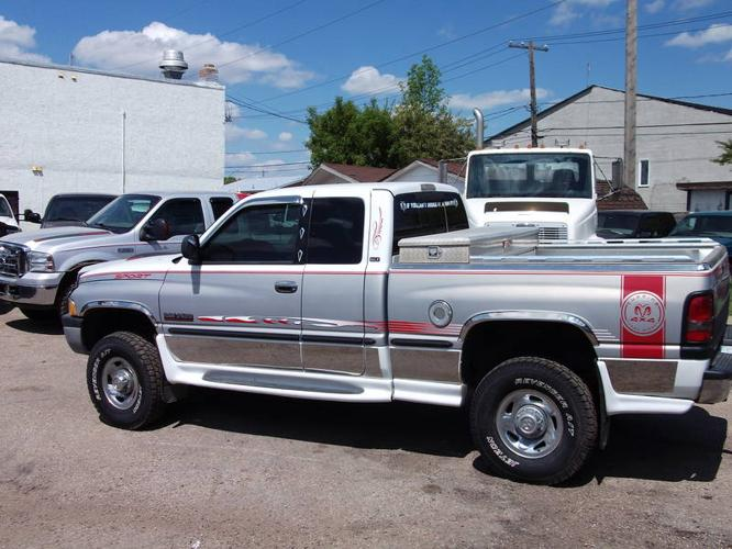 1998 dodge power ram 2500 extended cab cummis diesel pickup t for sale in regina. Black Bedroom Furniture Sets. Home Design Ideas