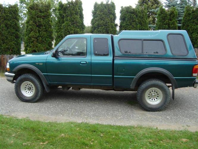 1998 ford ranger xlt pickup truck for sale in quesnel. Black Bedroom Furniture Sets. Home Design Ideas