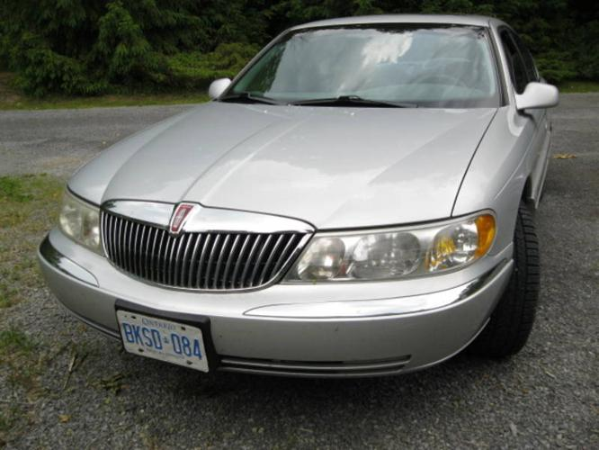 1998 LINCOLN CONTINENTAL SAFTETIED AND ETESTED!!