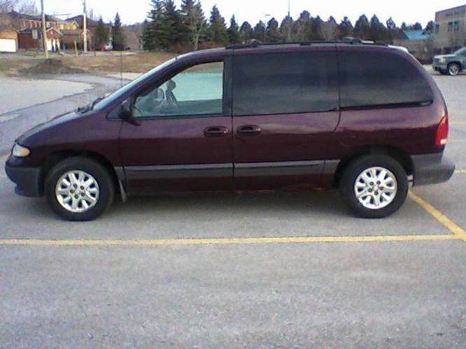 1999 dodge caravan minivan for sale in barrie ontario. Black Bedroom Furniture Sets. Home Design Ideas