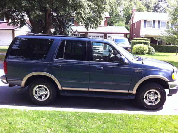 1999 Ford Expedition - Eddie Bauer - $2900