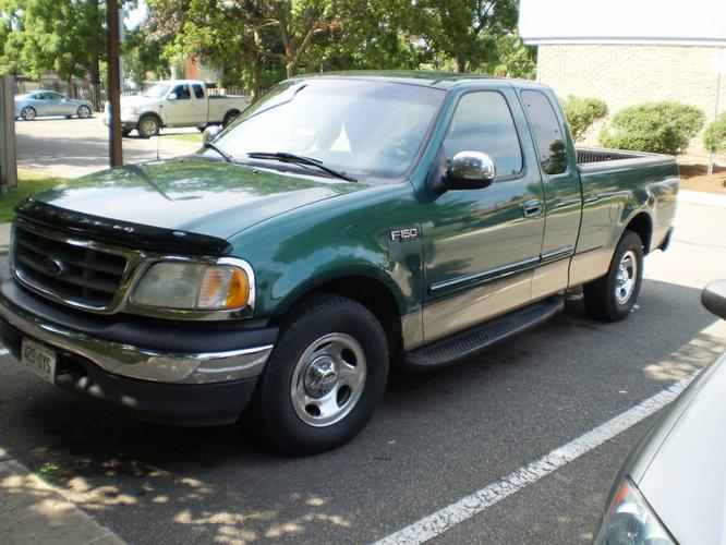 1999 ford f 150 xlt pickup truck for sale in niagara falls ontario all cars in. Black Bedroom Furniture Sets. Home Design Ideas