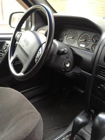 1999 Jeep grand Cherokee - $2200
