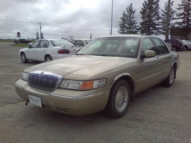 1999 mercury grand marquis ls sedan for sale in winnipeg manitoba all cars in. Black Bedroom Furniture Sets. Home Design Ideas