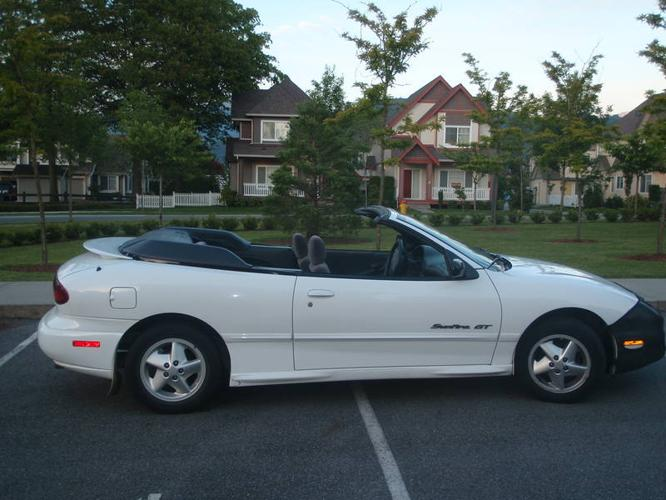 1999 pontiac sunfire gt convertible for sale in langley. Black Bedroom Furniture Sets. Home Design Ideas