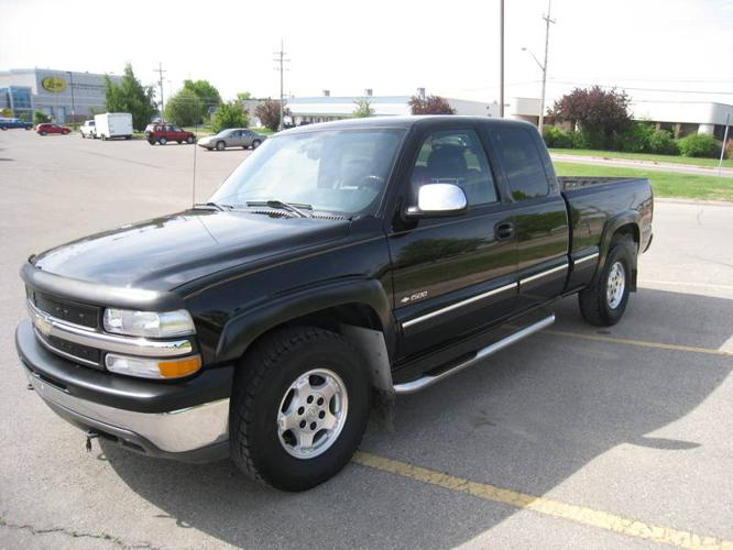 pact Awd Autos furthermore 7851b65fac28cfda90931678fc7865ba further Brochuredisplay further 2000 Chevrolet Silverado 1500 Pickup Truck 91388 besides 2017 Chevy Tahoe Colors. on 2000 chevy equinox black
