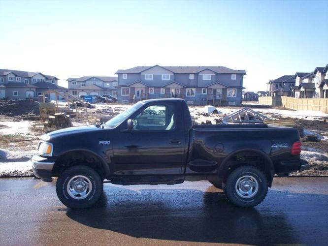 2000 ford f 150 xl for sale in saskatoon saskatchewan all cars in. Black Bedroom Furniture Sets. Home Design Ideas