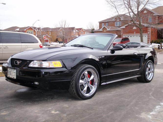 2000 ford mustang gt convertible for sale in orangeville. Black Bedroom Furniture Sets. Home Design Ideas