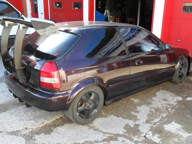 2000 Honda Civic Hatchback Race Car Shell