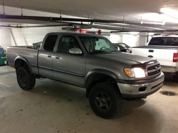2000 toyota tundra 4x4 v8 8000 for sale in white rock. Black Bedroom Furniture Sets. Home Design Ideas
