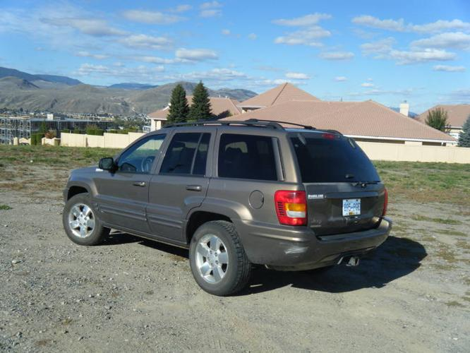 2001 jeep grand cherokee brown suv for sale in kamloops. Black Bedroom Furniture Sets. Home Design Ideas