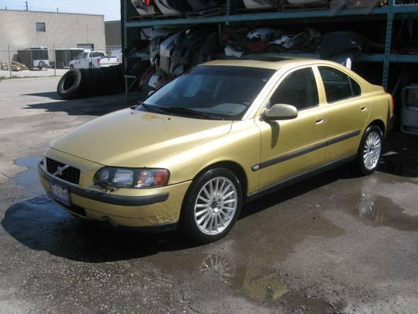 2001 Volvo S60 - $1000