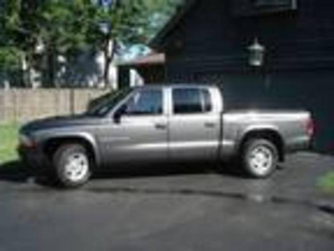 2002 Dodge Dakota Sport Pickup Truck!!
