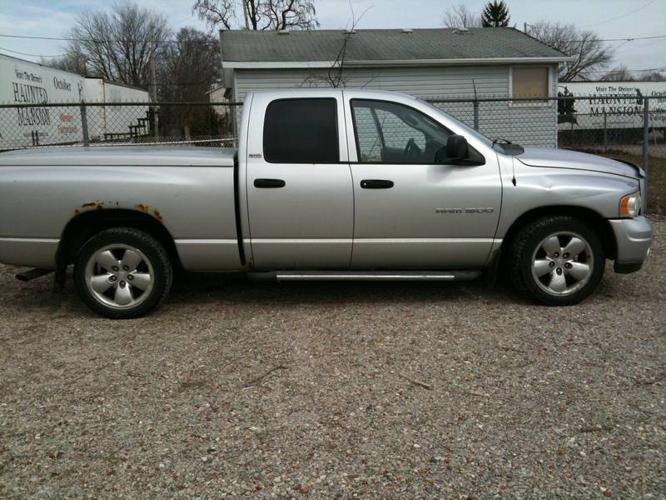 2002 dodge ram 1500 pickup truck for sale in london ontario all cars in. Black Bedroom Furniture Sets. Home Design Ideas