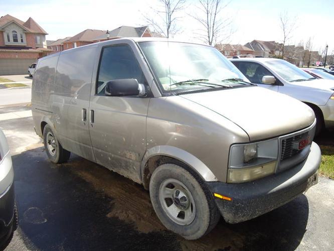 2002 GMC Safari Cargo Van for sale in Newmarket, Ontario | All cars