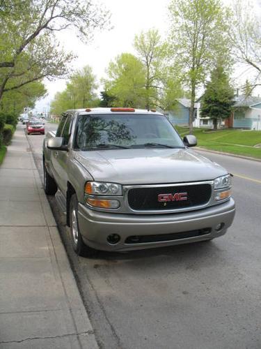 2002 GMC Sierra 1500 DENALI Pickup Truck