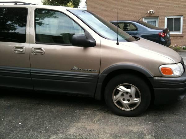 2002 Pontiac Montana Minivan - $1200