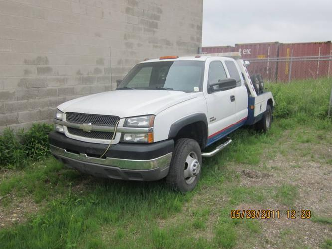 Tow Truck For Sale Canada >> 2003 Chevrolet Silverado 3500 Tow Truck For Sale In Waterloo