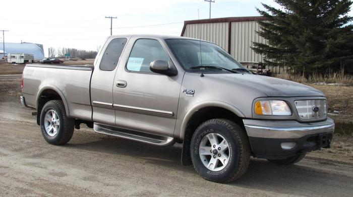 2003 ford f 150 4x4 ext cab pickup truck for sale in watrous saskatchewan all cars in. Black Bedroom Furniture Sets. Home Design Ideas