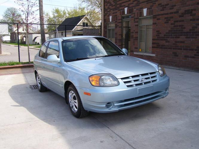 2003 Hyundai Accent GS Hatchback- 151000 km