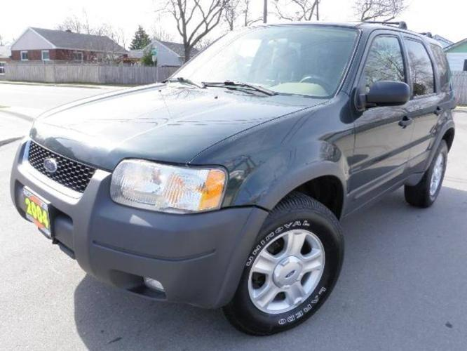 2004 FORD ESCAPE XLT SUV ~ 159,000 km ~ $6,995.00 + HST