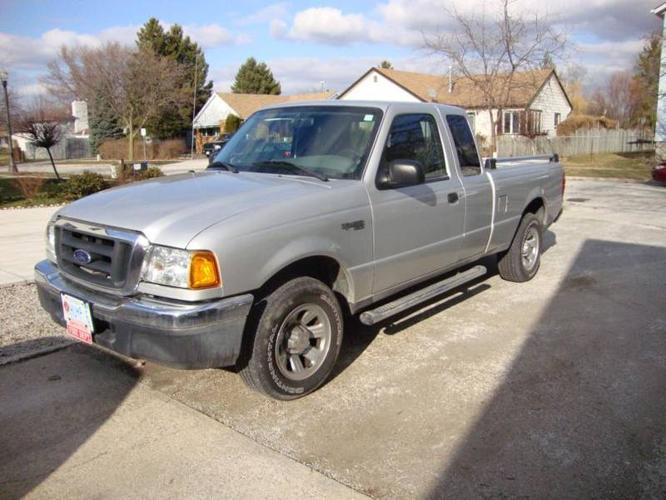2004 Ford Ranger XLT w/ Chrome Pkg. Pickup Truck