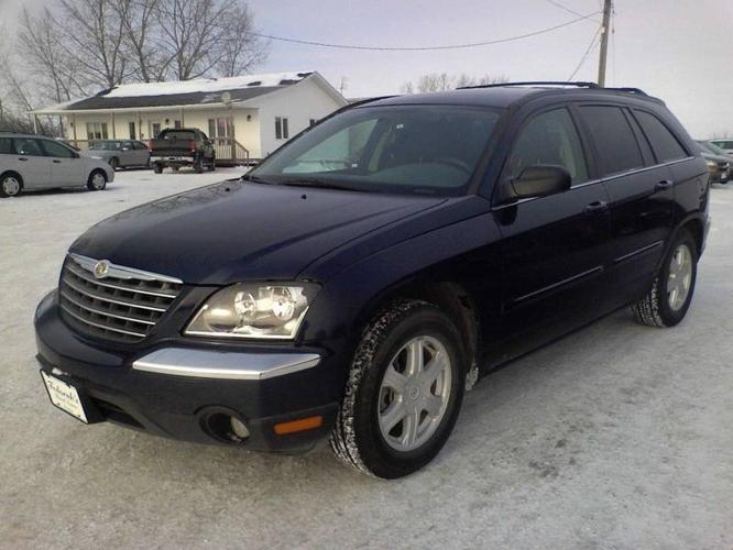 2005 chrysler pacifica touring suv for sale in winnipeg manitoba all cars in. Black Bedroom Furniture Sets. Home Design Ideas