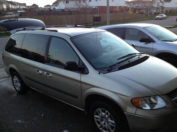2005 Dodge Grand Caravan - $7000