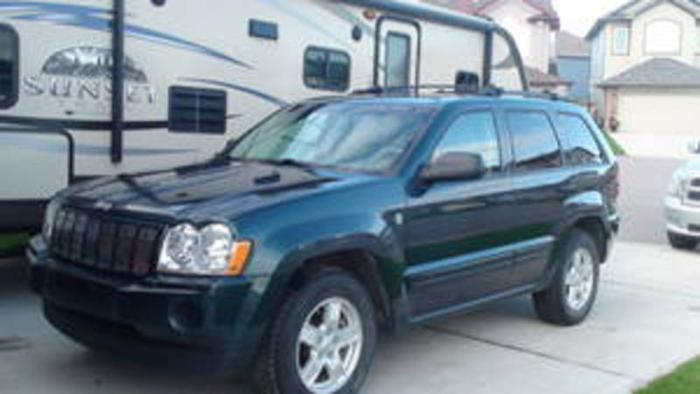 2005 jeep grand cherokee laredo suv trail rated for sale in saskatoon saskatchewan all cars. Black Bedroom Furniture Sets. Home Design Ideas