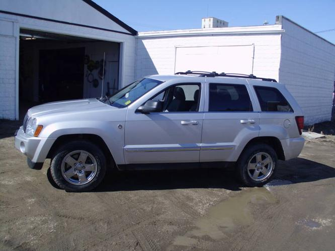 2005 jeep grand cherokee limited 4x4 in saskatoon saskatchewan. Cars Review. Best American Auto & Cars Review