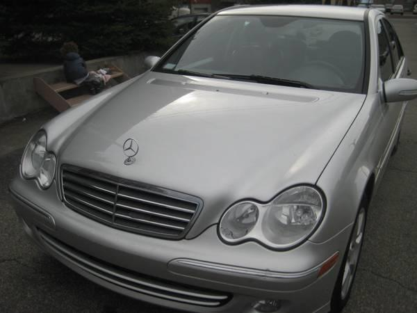 2005 Mercedes-Benz C230 Kompressor 4Doors 1Lady Owner Only103,650KM - $8865