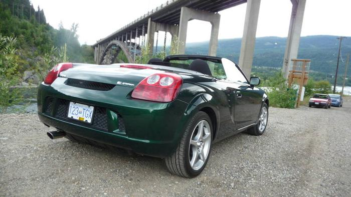 2005 toyota mr2 spyder convertible for sale in westbank british columbia all cars in. Black Bedroom Furniture Sets. Home Design Ideas