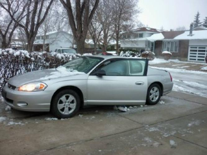2006 chevrolet monte carlo lt coupe excellent condition. Black Bedroom Furniture Sets. Home Design Ideas