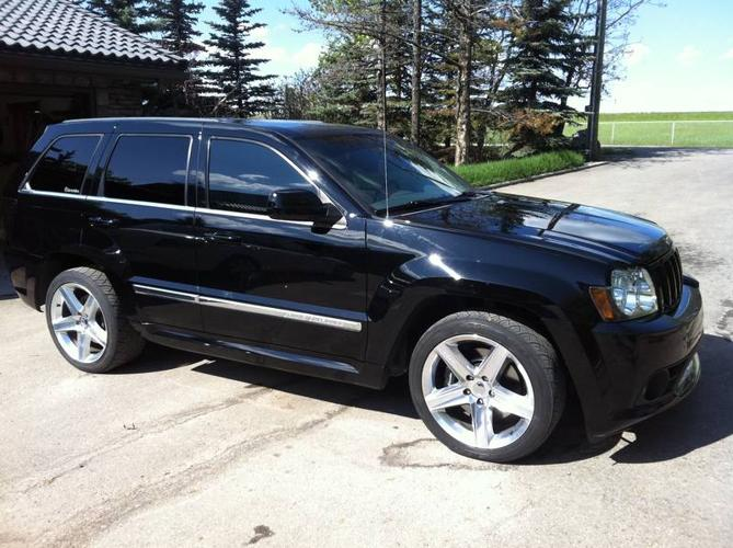 2006 jeep grand cherokee srt8 suv for sale in chestermere alberta all cars in. Black Bedroom Furniture Sets. Home Design Ideas