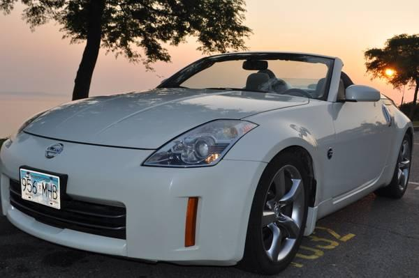 2006 nissan 350z roadster 19000 for sale in white rock. Black Bedroom Furniture Sets. Home Design Ideas