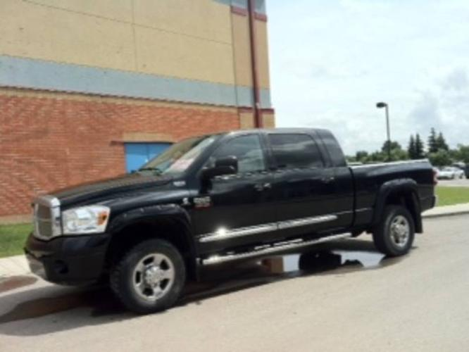 2007 dodge power ram 2500 mega cab for sale in strathmore. Black Bedroom Furniture Sets. Home Design Ideas